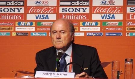 Joseph S. Blatter auf einer PK, Kapstadt, 2. Dezember 2009