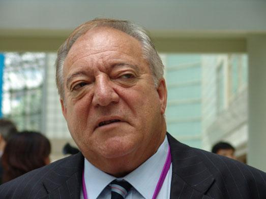 Tamás Ajan, IOC-Session Singapur, 2005