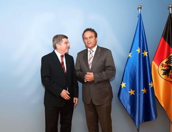 Thomas Bach zu Besuch bei Sportminister Hans-Peter Friedrich