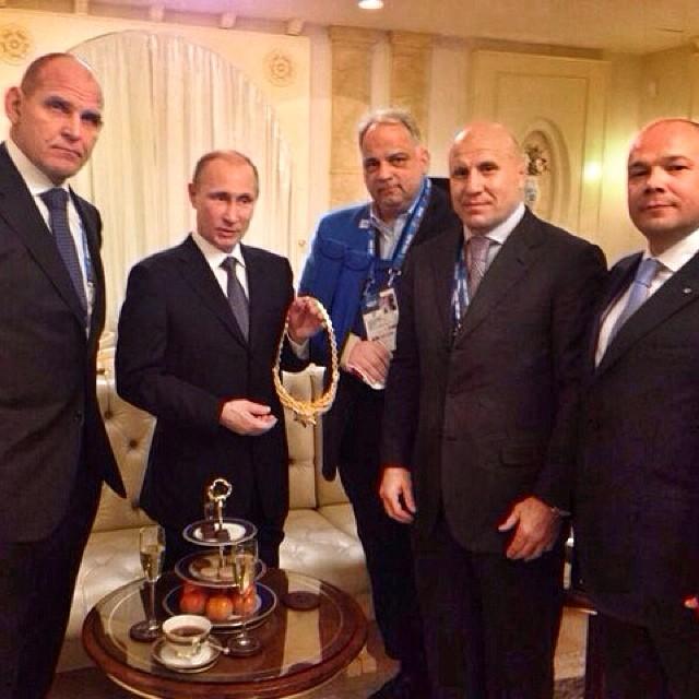 Olympia-Ringer mit Putin