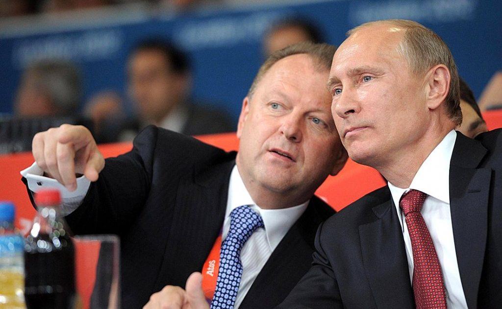 IJF-Präsident Marius Vizer und sein Ehrenpräsident Wladimir Putin während der Judo-Wettbewerbe in London. Am ersten Tag der Spiele von Rio holt Russland Gold im Judo. (Foto: President of Russia)