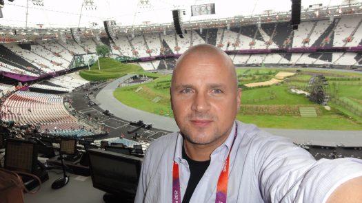 Das war vor der Eröffnungsfeier 2012 in London. Inzwischen ist der Hausherr noch runder geworden. Weitere Bilder gibt es nur in der Kammer des Schreckens.