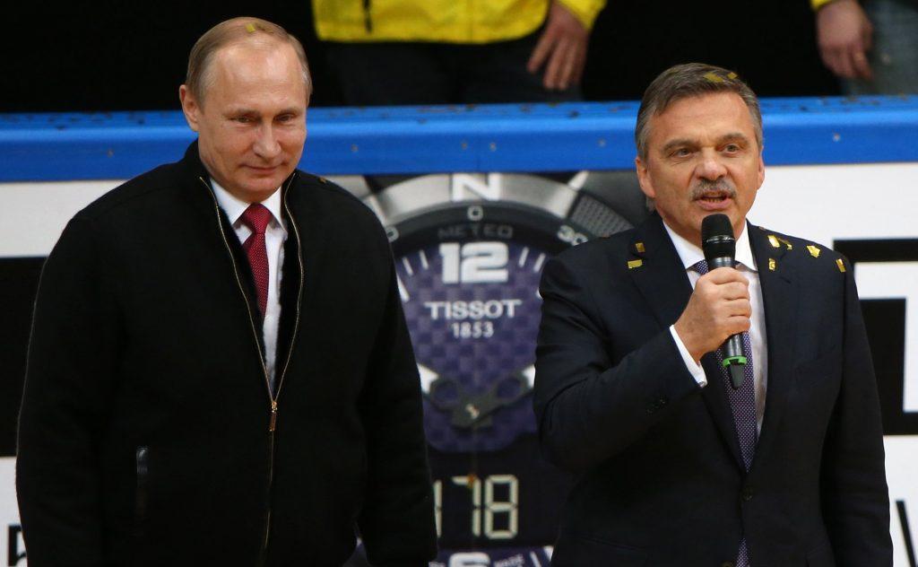 Immer nah an Putin: Eishockey-Präsident Renè Fasel. (Foto: President of Russia)